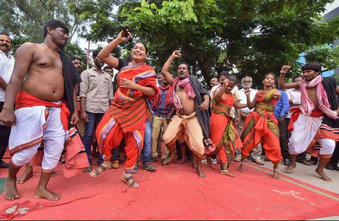 News In Photos (22 October 2019) | Photos Of Top News Today - Oneindia Gallery