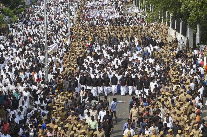 தமிழக முதல்வர் ஜெயலலிதாவின் மூன்றாம் ஆண்டு நினைவஞ்சலி