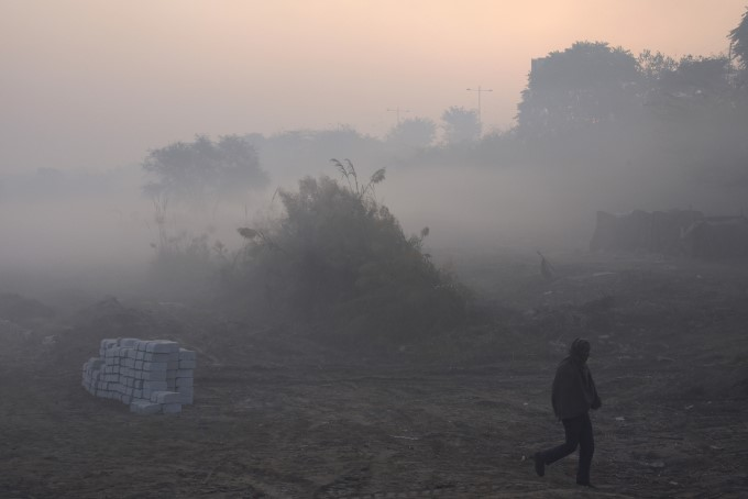 North India Shivers Through Intense Cold Wave