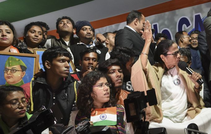 News In Photos (11 January 2020) | Photos Of Top News Today - Oneindia Gallery
