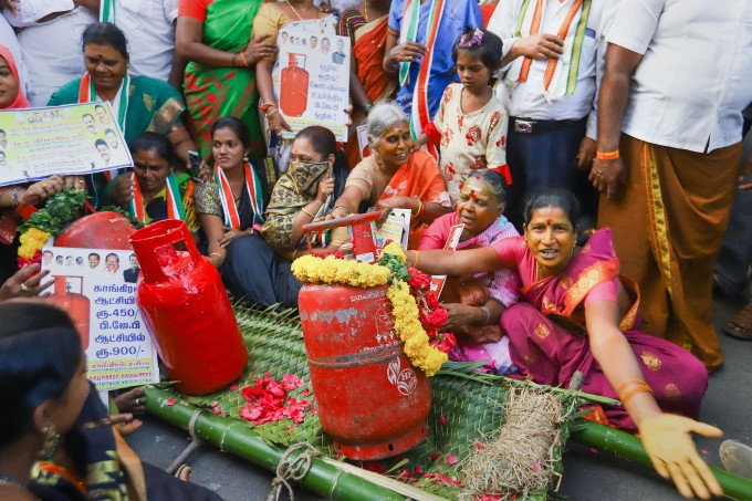 Protest Against LPG Price Hike Across India