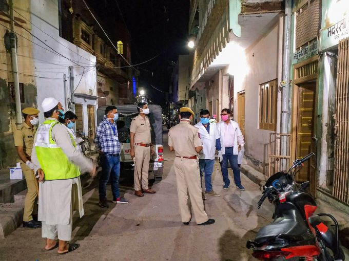 News In Photos (1 April 2020) | Photos Of Top News Today - Oneindia Gallery