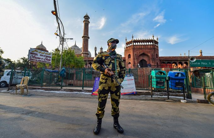 News In Photos (25 April 2020) | Photos Of Top News Today - Oneindia Gallery