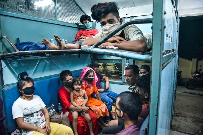 News In Photos (17 May 2020) | Photos Of Top News Today - Oneindia Gallery