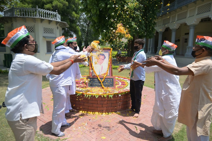 Rajiv Gandhi 29th Death Anniversary: Congress Leaders Pay Tribute
