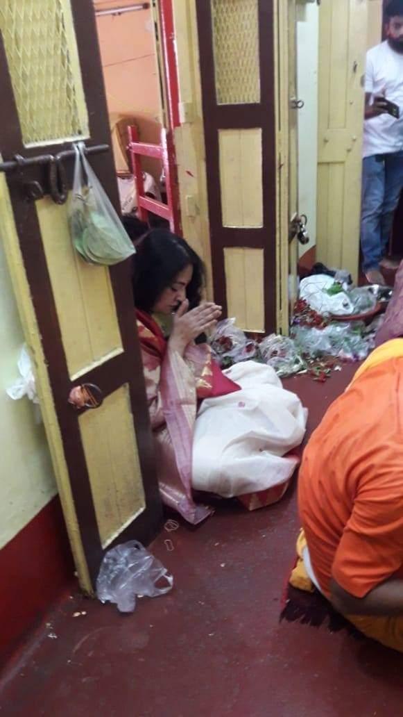 Bengal BJP Mahila Morcha President Agnimitra Paul Pray To God For Well Being Of Citizens Amid Coronavirus Pandemic