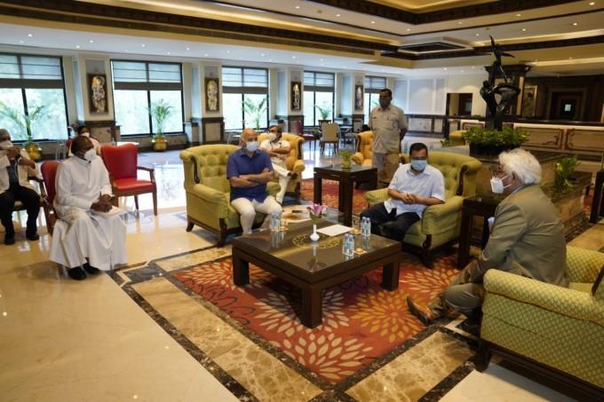 Delhi CM Arvind Kejriwal Along With Deputy CM Manish Sisodia Visits The Surya Hotel