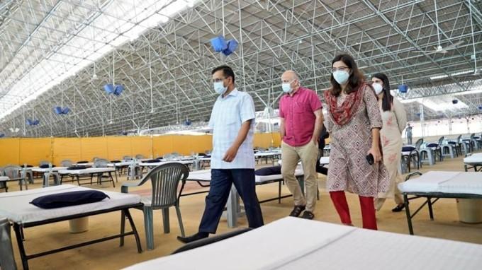 Delhi CM Arvind Kejriwal And Dy CM Manish Sisodia Visit Radha Soami Satsang Beas Centre