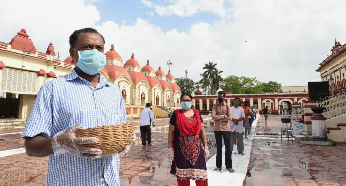 Dakshineswar Kali Temple Repones After Easing Lockdown