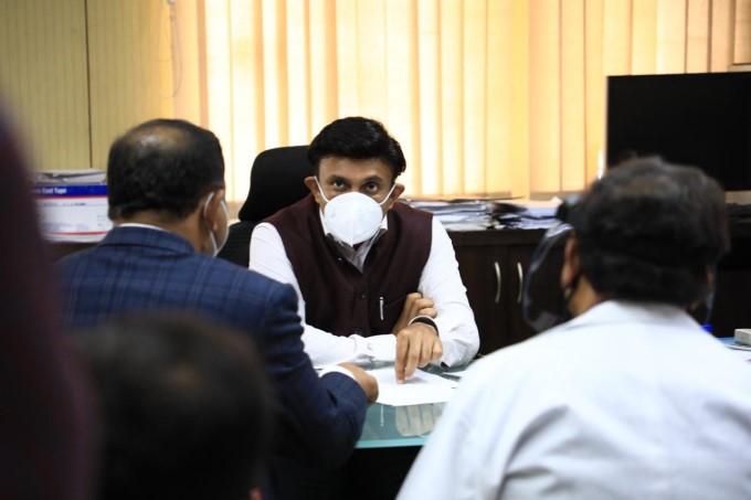 Broad Way Hospital In Shivajinagar Will Be A Full-fledged Covid Hospital : Dr K Sudhakar