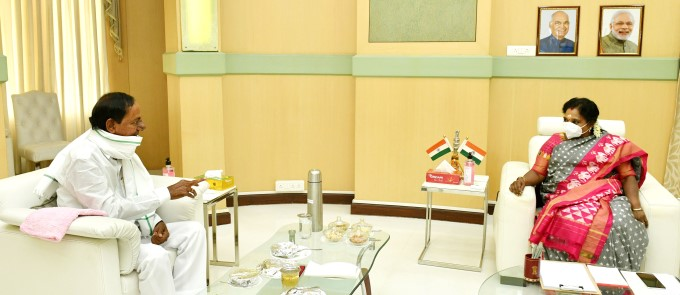 CM KCR Meets Telangana Governor Dr. Tamilisai Soundararajanat At Rajbhavan