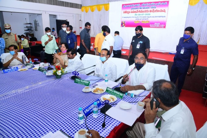Ministers Holds A Review Meeting On Water Release From SRSP Dam