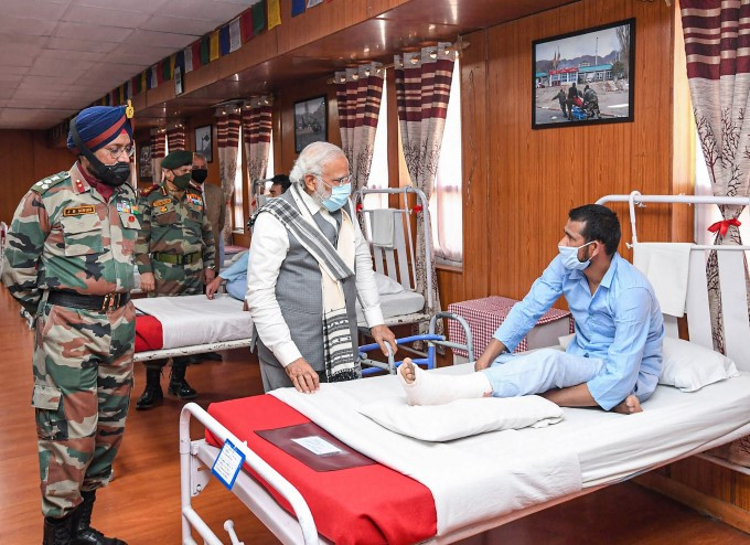 PM Narendra Modi Meets Brave Soldiers Who Injured During Indo-China Clash