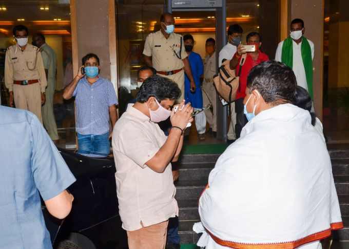 News In Photos (21 July 2020) | Photos Of Top News Today - Oneindia Gallery