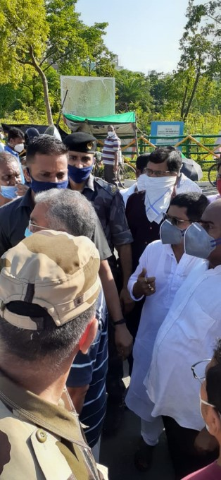 West Bengal BJP President Dilip Ghosh Attacked In Rajarhat
