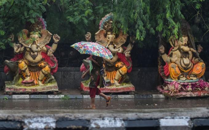 Preparations For Ganesh Chaturthi Festival Across India