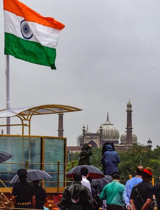 ಸ್ವಾತಂತ್ರ್ಯೋತ್ಸವ ಸಂಭ್ರಮಕ್ಕೆ ಅಣಿಯಾಗುತ್ತಿರುವ ಭಾರತ