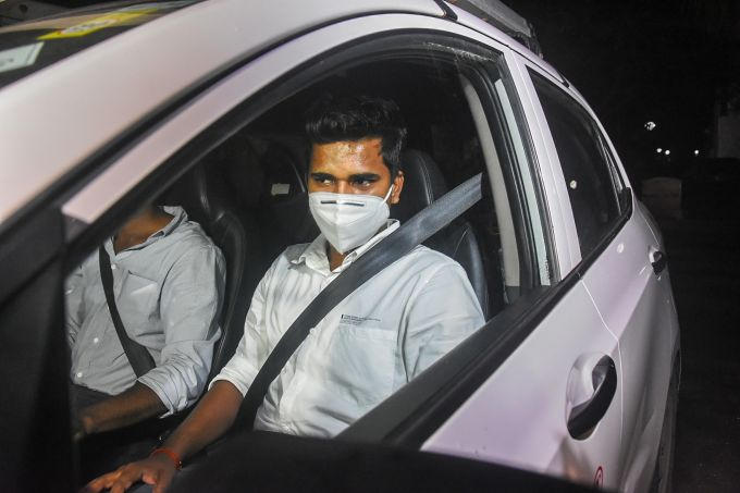 News In Photos (25 August 2020) | Photos Of Top News Today - Oneindia Gallery