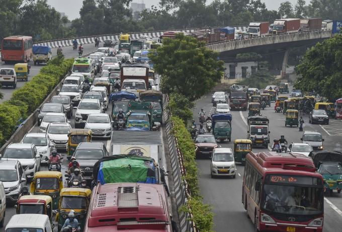 Heavy Rainfall In New Delhi