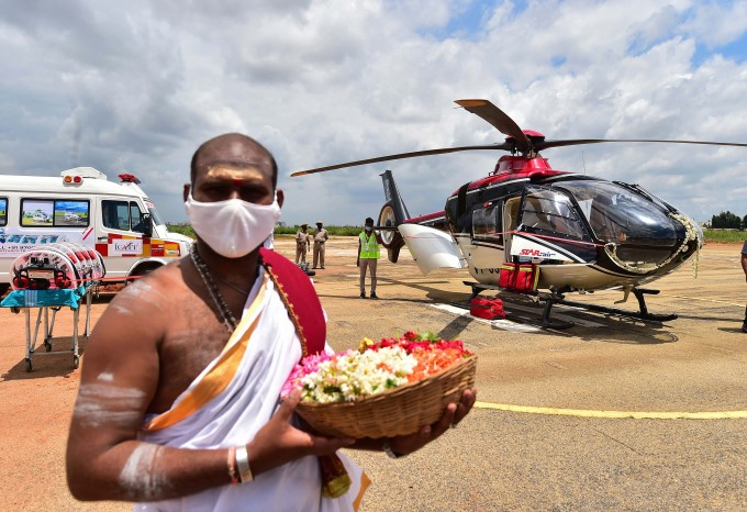 CM Yediyurappa Inaugurates Integrated Air Ambulance Service For Covid Emergencies