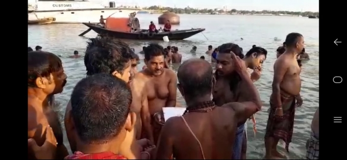 Mahalaya Tarpan Performed In Various Ganga Ghats Of Kolkata Ahead Of Durga Puja 2020