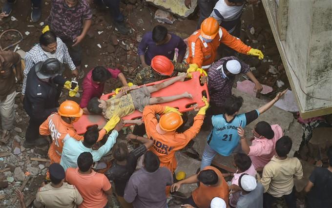 ಚಿತ್ರಗಳು: ಮಹಾರಾಷ್ಟ್ರದ ಭಿವಾಂಡಿಯಲ್ಲಿ ಮೂರು ಅಂತಸ್ತಿನ ಕಟ್ಟಡ ಕುಸಿತ
