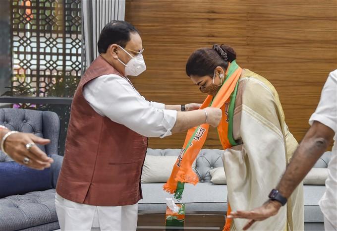 Actor-turned-Politician, Khushboo Sundar Joins BJP