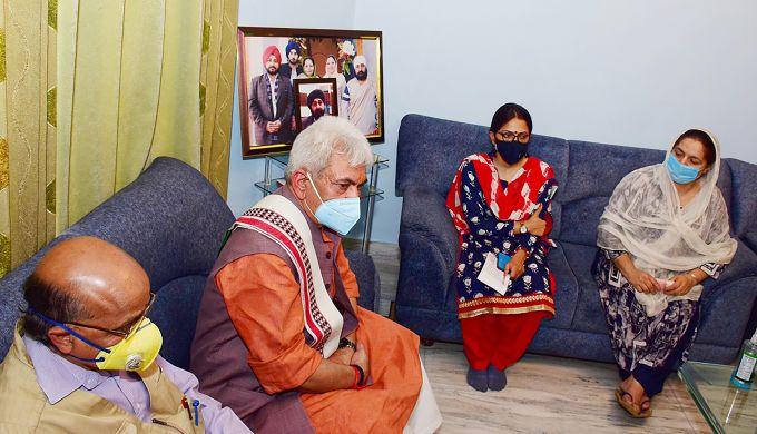 News In Photos (6 October 2020) | Photos Of Top News Today - Oneindia Gallery