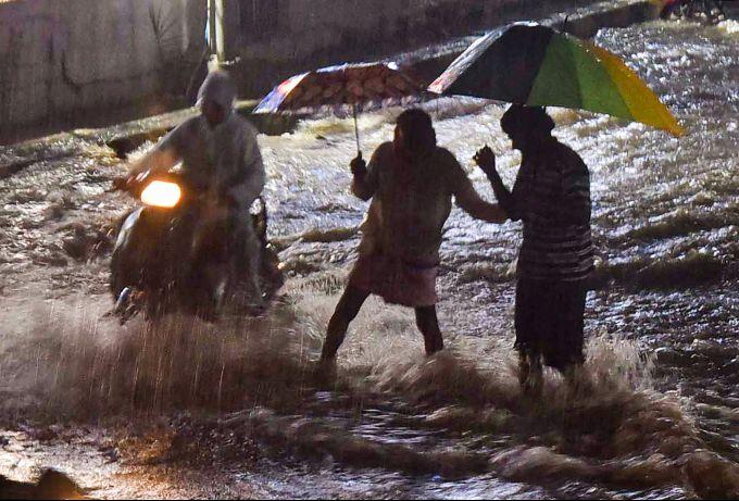 News In Photos (13 October 2020) | Photos Of Top News Today - Oneindia Gallery