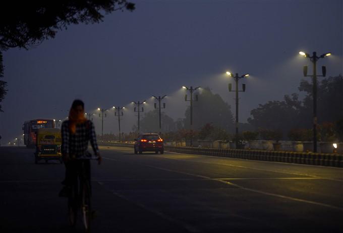 ಚಿತ್ರಗಳು : ಗುರಗಾಂವ್ ನಲ್ಲಿ ಮಸುಕಾದ ವಾತಾವರಣ
