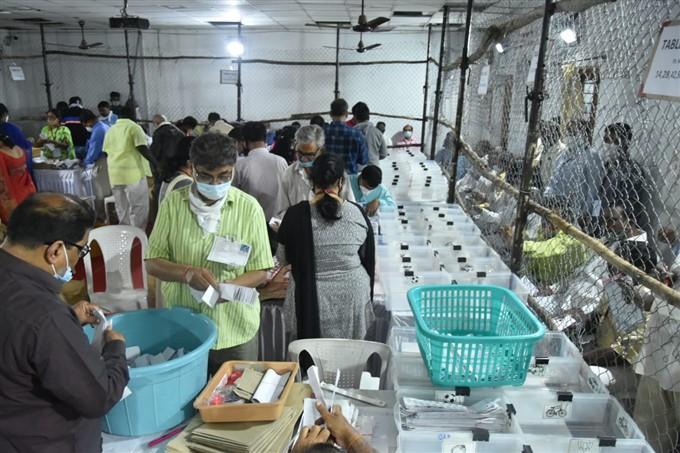 ಚಿತ್ರಗಳು : ಗ್ರೇಟರ್ ಹೈದರಾಬಾದ್ ಮಹಾನಗರ ಪಾಲಿಕೆ ಮತ ಎಣಿಕೆ