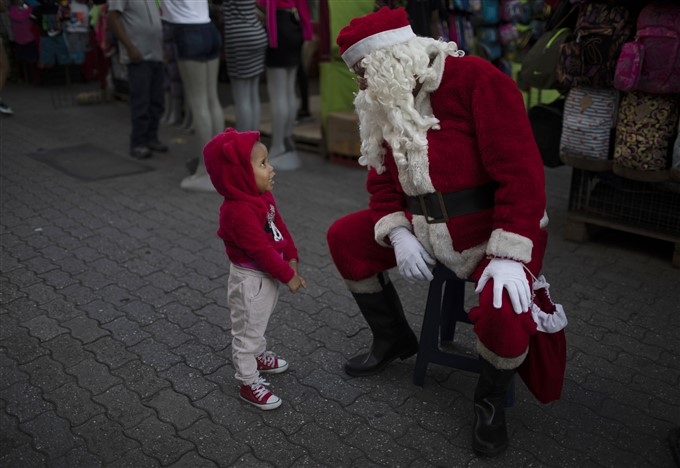 Preparation For Christmas Around The World