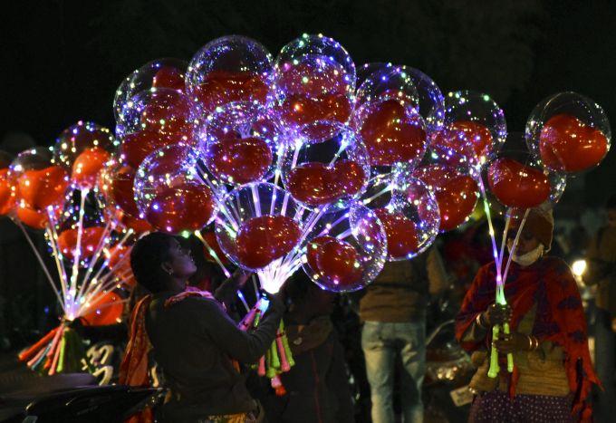 News In Photos (24 December 2020) | Photos Of Top News Today - Oneindia Gallery
