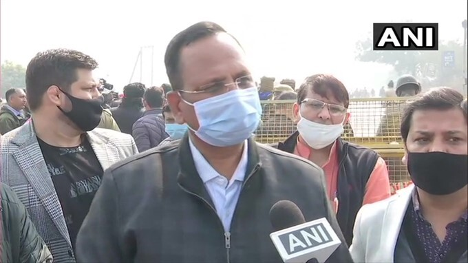 Delhi Deputy CM Manish Sisodia Reviews Arrangements At Ghazipur Border