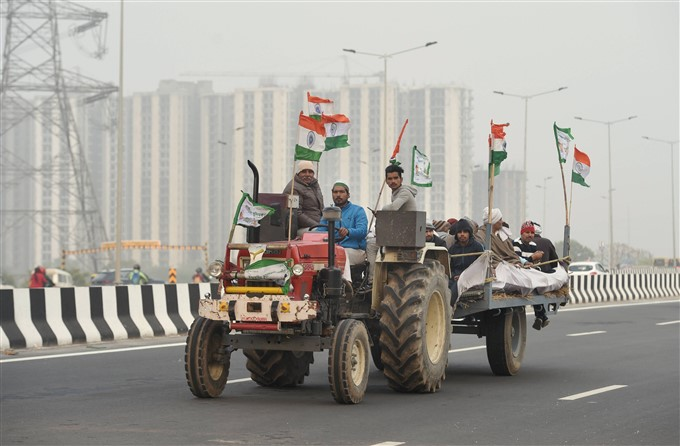 Thousands Of Protesting Farmers Take Part In Tractor Rally, Delhi, 07/01/2021
