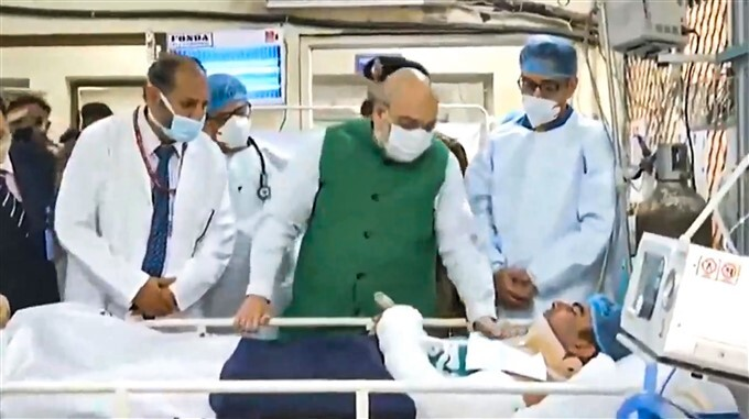 HM Amit Shah Meets Delhi Police Personnel Injured In Tractor Rally Violence