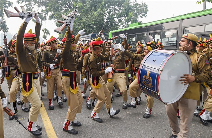 ദില്ലിയില് റിപബ്ലിക് ദിന പരേഡിന്റെ റിഹേഴ്സല് പുരോഗമിക്കുന്നു- ചിത്രങ്ങള്  കാണാം