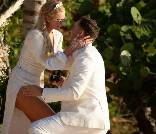 हॉलीवुड की हॉट बेब पेरिस हिल्टन ने की सगाई, ब्वॉयफ्रेंड ने पहनाई 14 करोड़ की अंगूठी
