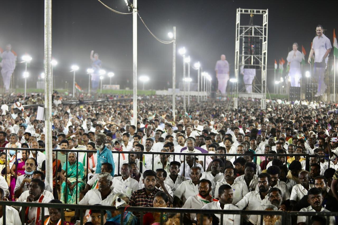 தமிழகத்தில் 2-வது நாளாக ராகுல் காந்தி பிரசாரம்- நெல்லை பேராசிரியர்களுடன் கலந்துரையாடல்