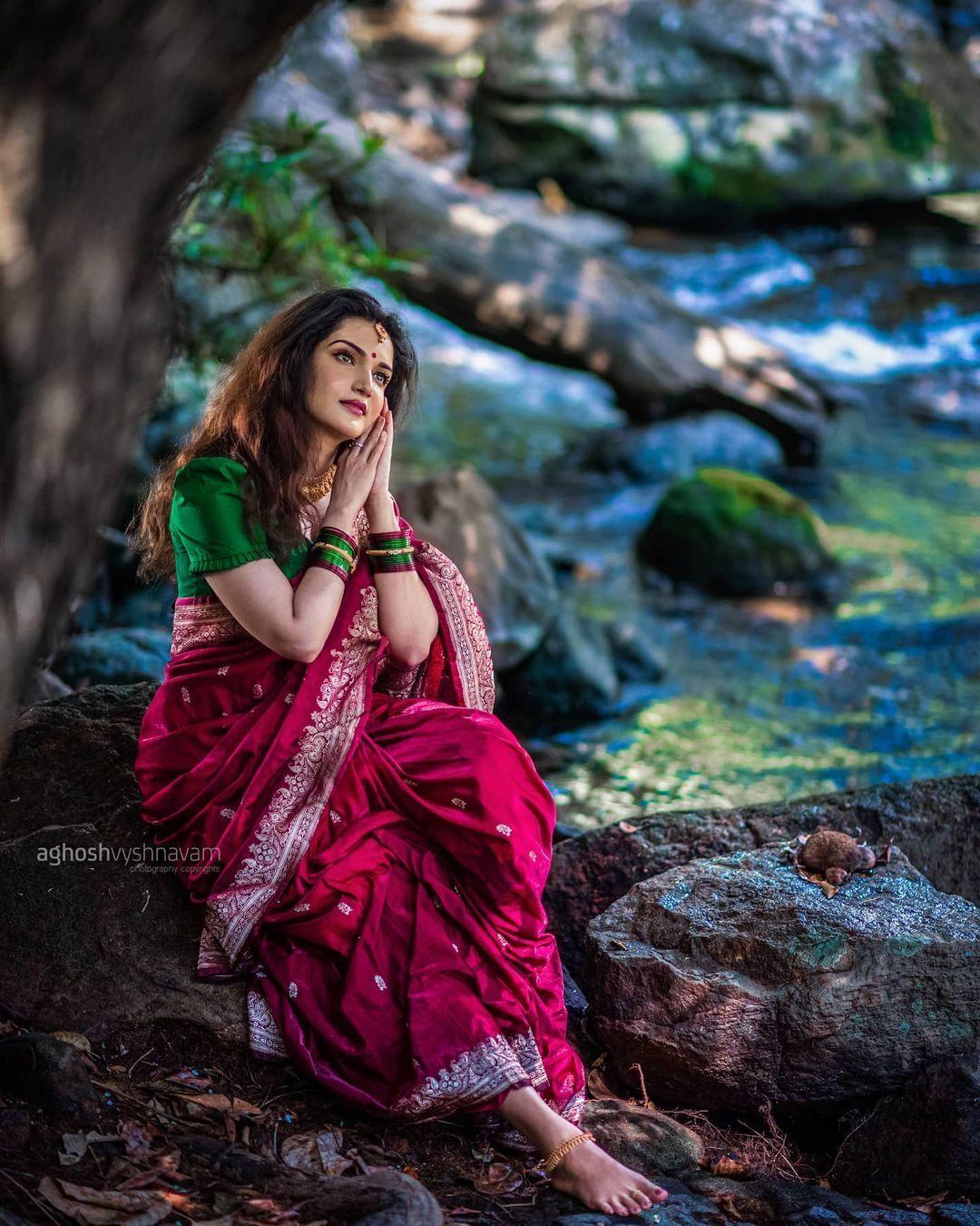 നടി ഹണി റോസിന്റെ വൈറല് ചിത്രങ്ങള്