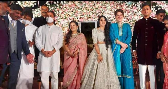 डीके शिवकुमार की बेटी ऐश्वर्या और अमर्त्य हेगड़े के रिसेप्शन पार्टी में पहुंचे राहुल-प्रियंका