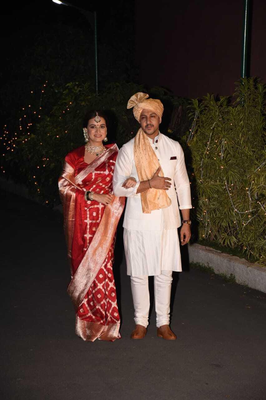 दूसरी बार दुल्हन बनी एक्ट्रेस दीया मिर्जा, देखिए शादी की खूबसूरत तस्वीरें