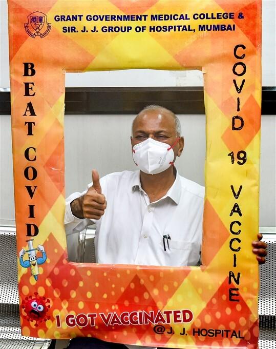 ఫోటోలు: దేశవ్యాప్తంగా కొనసాగుతోన్న కోవిడ్ వ్యాక్సినేషన్ కార్యక్రమం