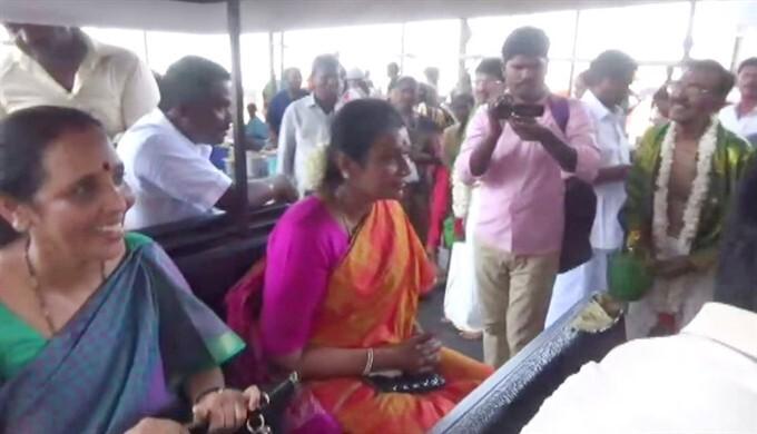 Durga Stalin Visits Tiruchendur