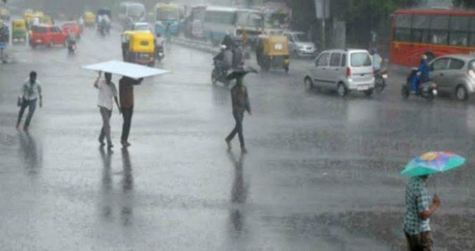 ಚಿತ್ರಗಳು:ಚಿತ್ರದುರ್ಗ ಜಿಲ್ಲೆಯ ಹಲವೆಡೆ ಧಾರಾಕಾರ ಮಳೆ