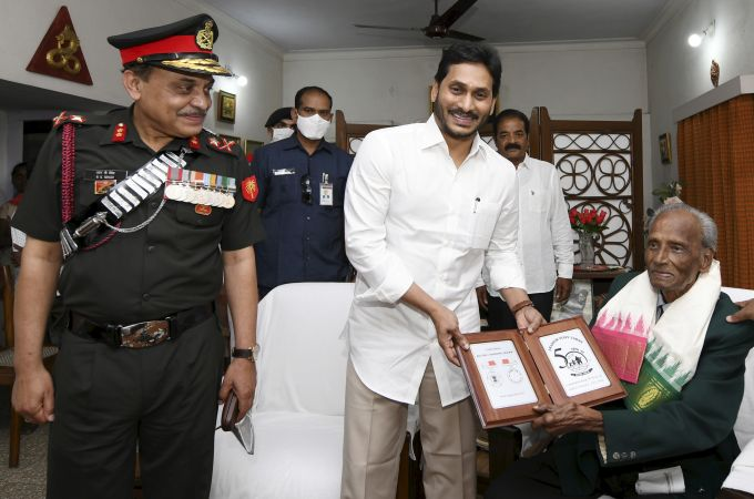 News In Photos (18 February 2021) | Photos Of Top News Today - Oneindia Gallery