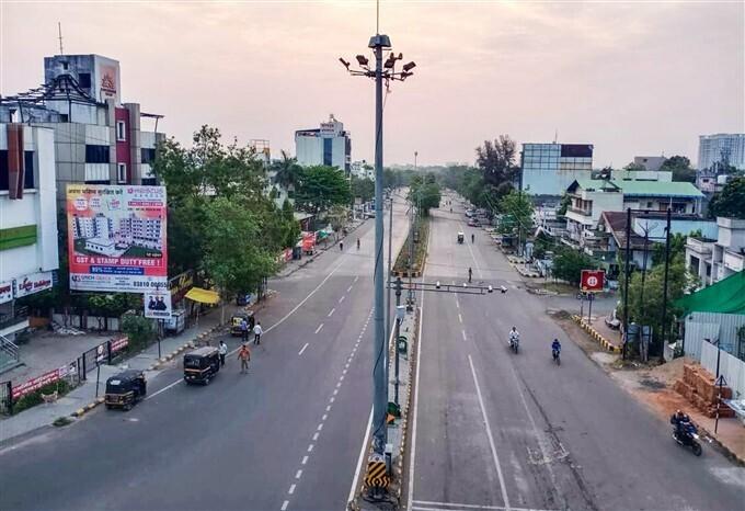 ലോക്ക്ഡൗണില് നിശ്ചലമായി നാഗ്പൂർ- ചിത്രങ്ങള് കാണാം