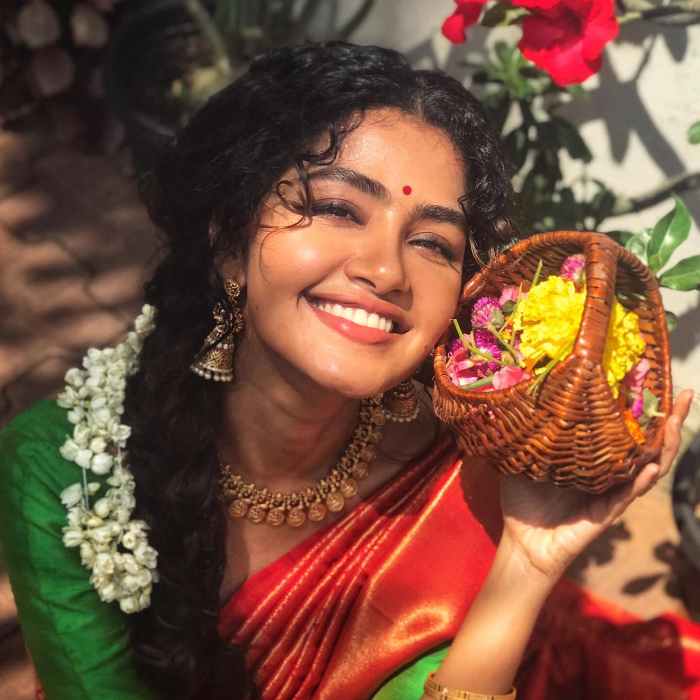 बहुत प्यारी हैं अभिनेत्री अनुपमा परमेश्वरन, तस्वीरें देखकर यही कहेंगे आप