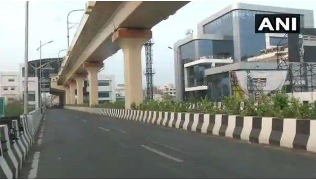 महाराष्ट्र: लॉकडाउन लगने के बाद वीरान दिखीं नागपुर की सड़कें