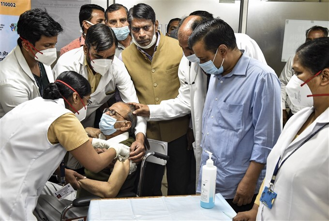 Delhi CM Arvind Kejriwal Along With His Parents Receive COVID-19 Vaccine In Delhi
